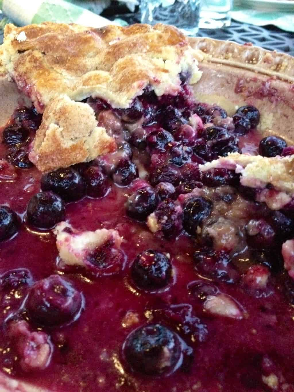 Auntie's Homemade Blueberry Pie & Perfect Crust