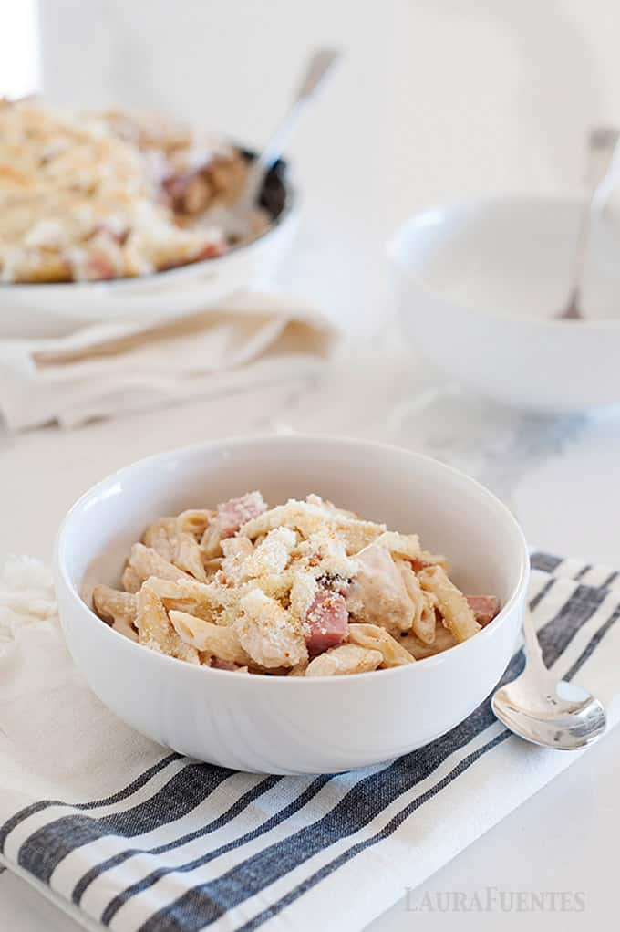 Chicken Cordon Bleu Pasta for an easy 30 minute meal
