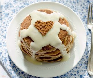 Cinnamon Roll Pancake Recipe {Cinnabon Inspired}