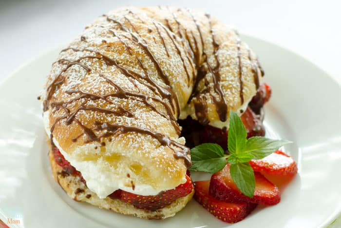 can you imagine what biting into one of these strawberries and whipped cream stuffed croissants might be like? WOW