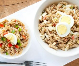 jambalaya pasta salad recipe - super easy to make and full of flavor!