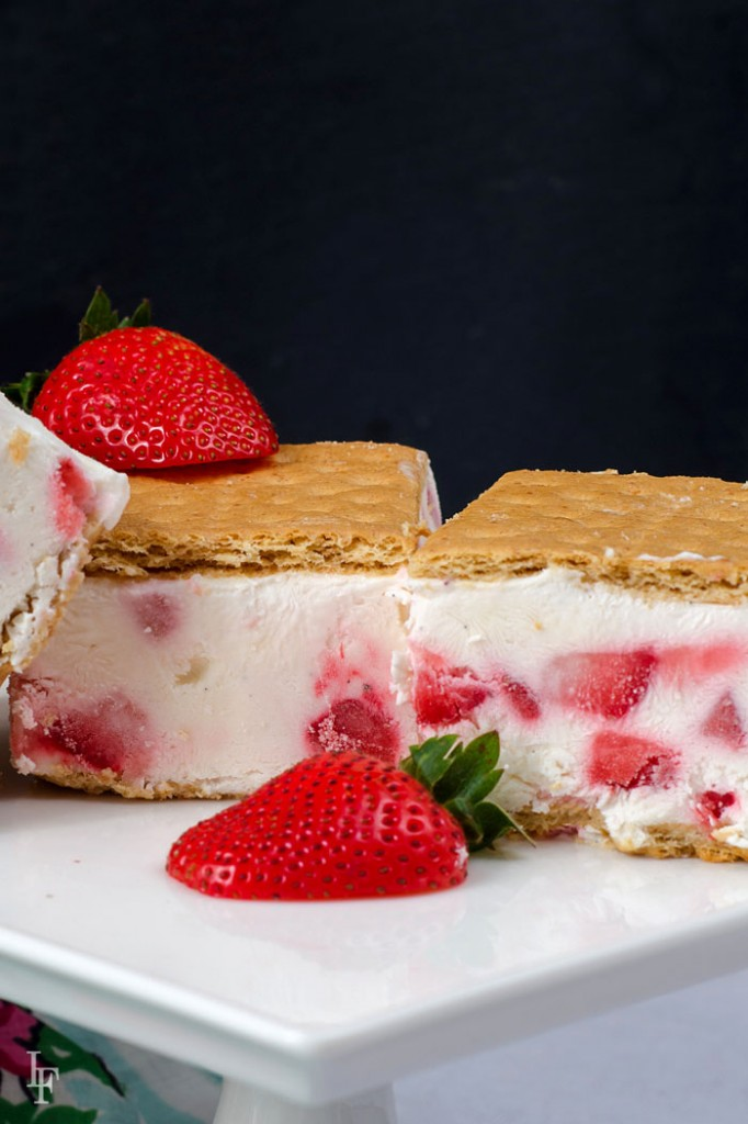 easy strawberry ice cream sandwich recipe made with plain greek yogurt everyone will love!