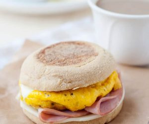 homemade Egg McMuffin - English muffin breakfast sandwich you can make at home and freeze. 1 minute in the microwave and it's ready to go!