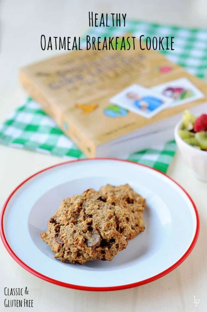 healthy oatmeal breakfast cookie that is super easy to make and totally kid approved!