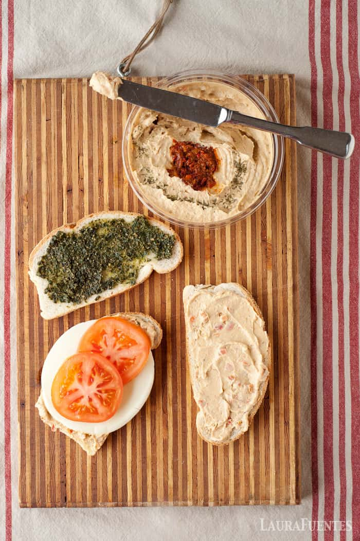 hummus club sandwich ingredients - so awesome because I have most of it in my pantry and fridge!