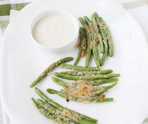 This recipe for crispy green bean fries is sure to turn any kid into a veggie lover!
