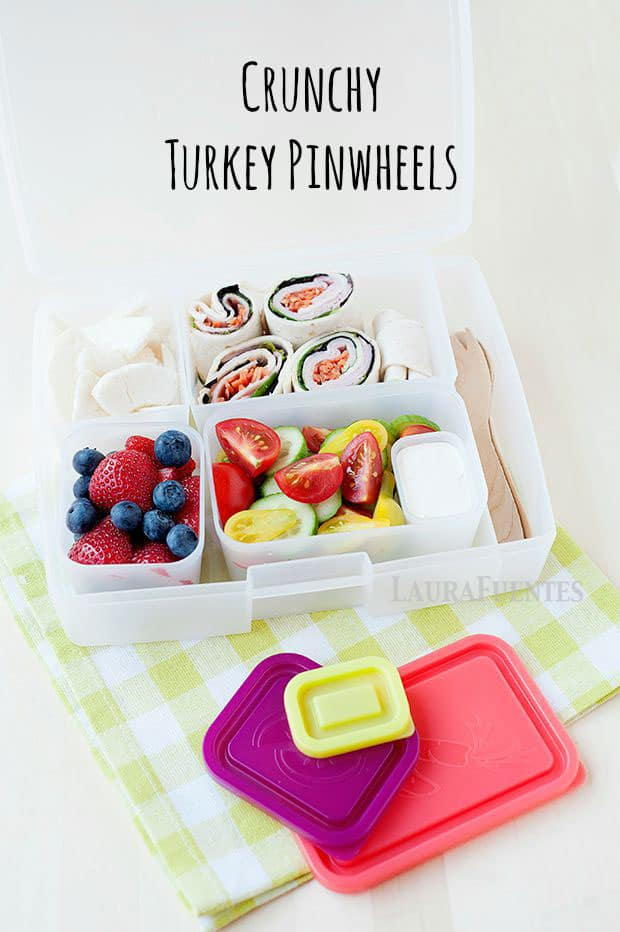 these crunchy turkey and veggie pinwheels are a healthy school lunch idea!