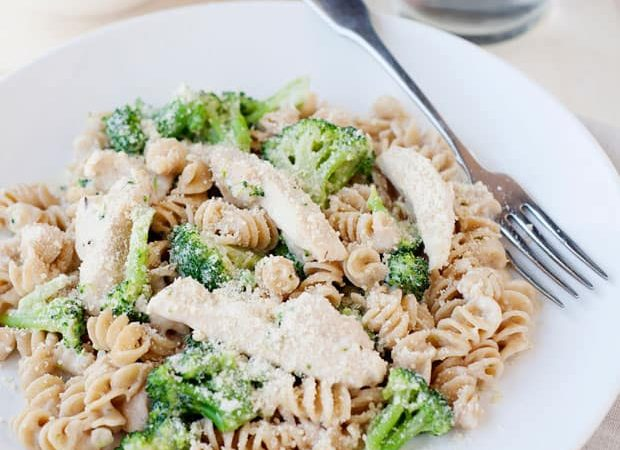 Skillet Meal: Chicken and Broccoli Alfredo