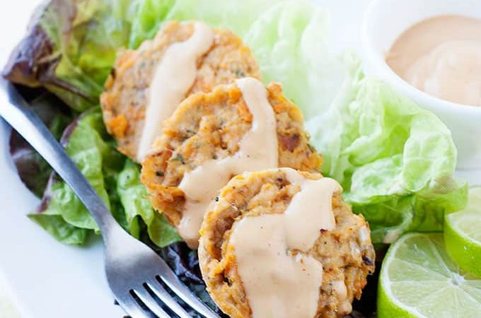 Easy Salmon Cakes with Chipotle Lime Sauce