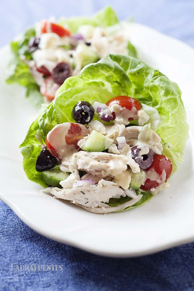 Greek Lettuce Cups: Simple and Delicious. This meal comes together in one bowl and it perfect for the office lunchbox.