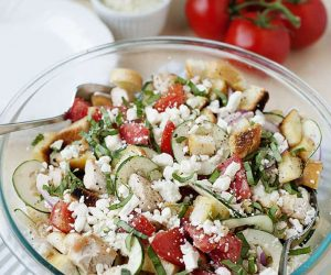 Greek Chicken Panzanella Salad - Delicious, healthy, fresh and full of summer flavors!