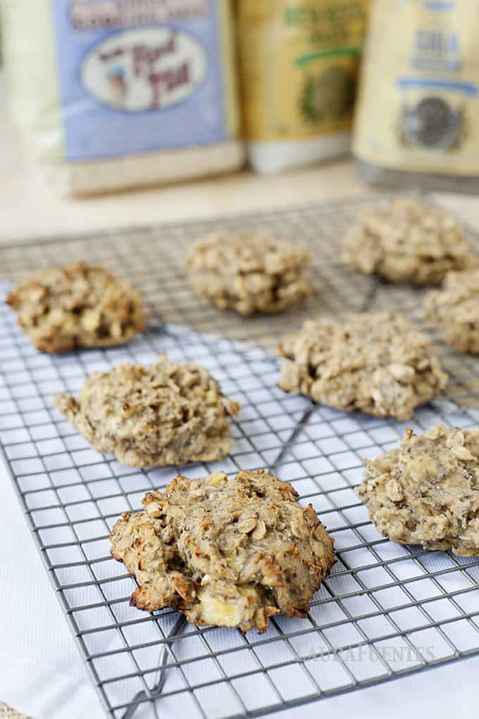 High Protein Lunchbox Cookie: this recipe is much healthier than any protein or granola bar you'll find pre-packaged in any grocery isle.