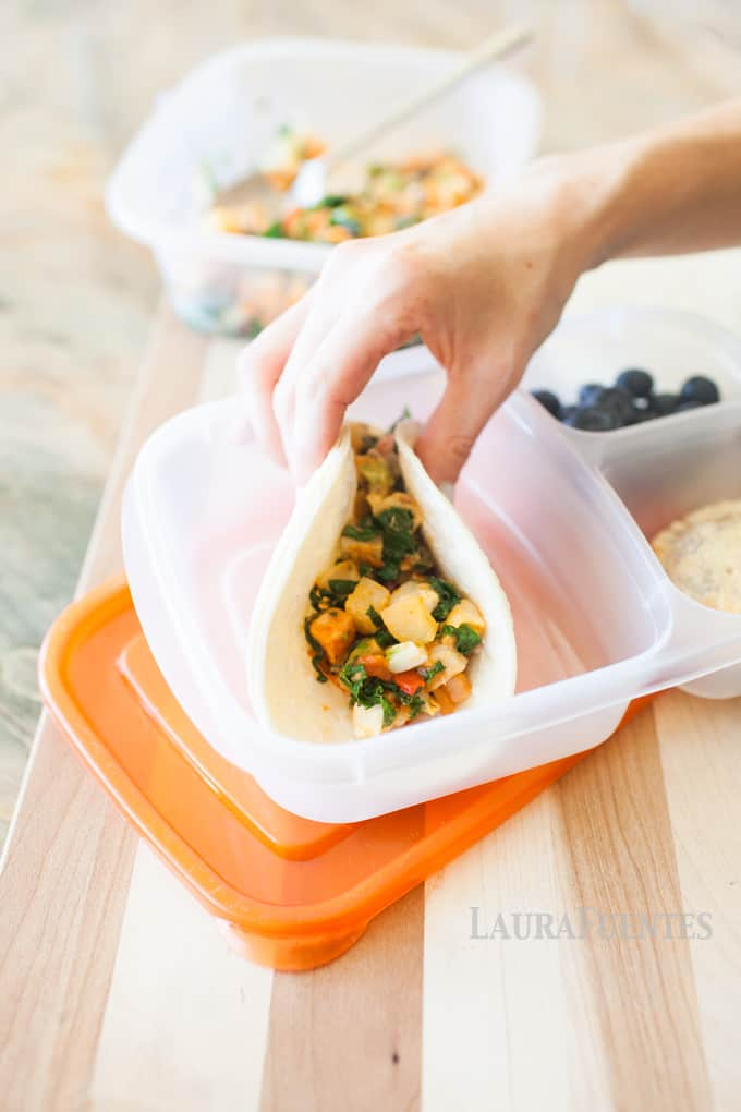 Veggie Filled Office Lunches: These Nourish Bowls are great for in the office or for making tacos!