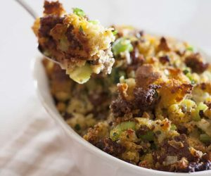 Cornbread and Sausage Stuffing Dressing