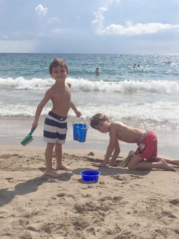 Spending a Week In Spain's Costa del Sol: The final stop of our 3-week Spain adventure was to the beach town of Benidorm, where some of my family lives.