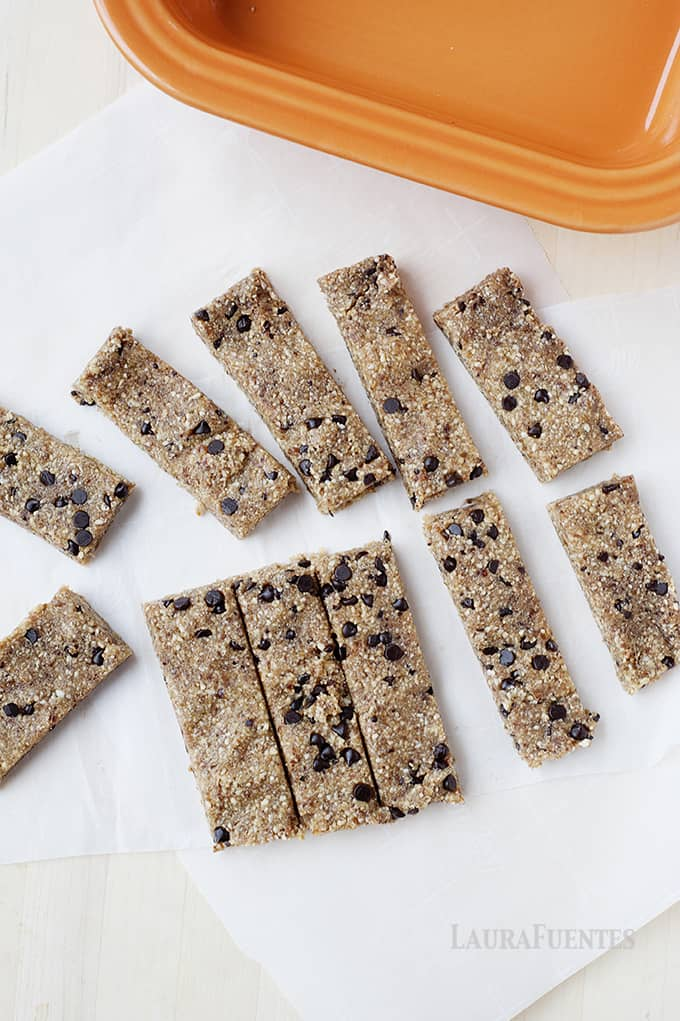 Healthy Chocolate Chip Cookie Dough Snack Bars