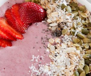 strawberries and cream smoothie bowl