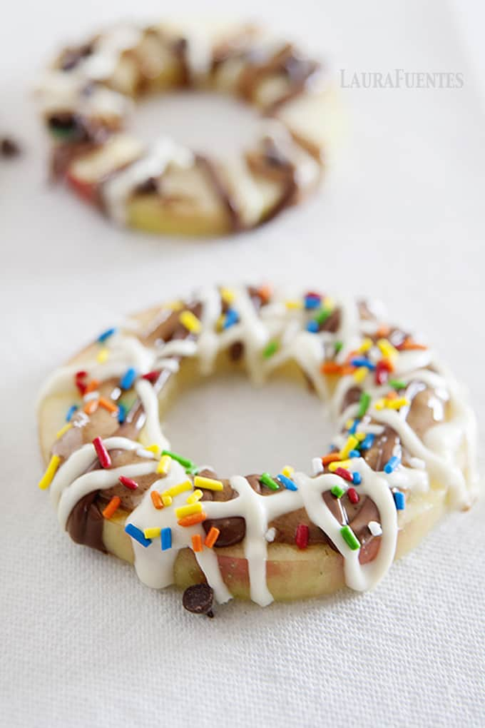 """The ultimate healthy """"donut"""" –with apples! Plus a kitchen hack on how to keep the apples from browning."""