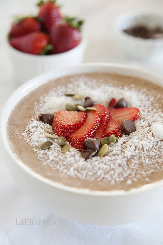 Healthy Frozen Mocha Frappuccino | Mocha Smoothie Bowl