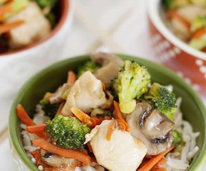 Easy Mid Week Meal | Chicken and Broccoli Stir-Fry