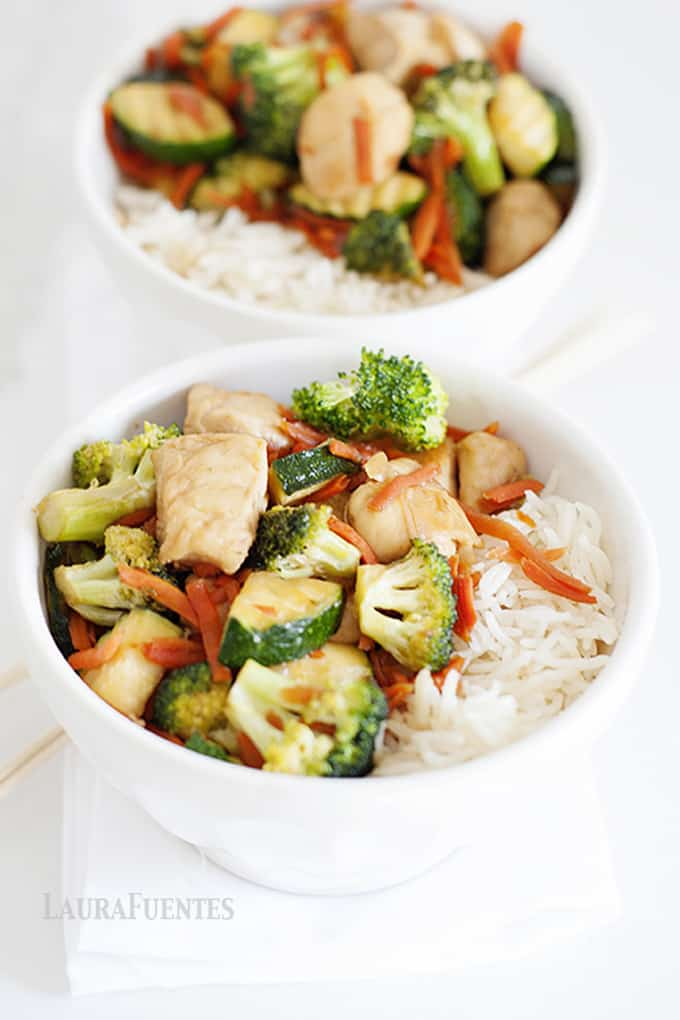 Who's looking to skip the take-out this week? I am! With this Chicken and Vegetable Teriyaki Bowl recipe, you too will enjoy the benefits of take-out at home.