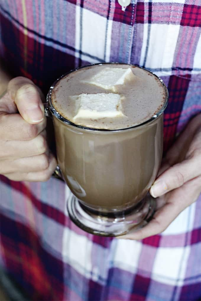 A healthy and good for you hot chocolate recipe? Yes! I know they don't usually go together but this sugar-free hot chocolate recipe has added collagen protein for lots of health benefits.