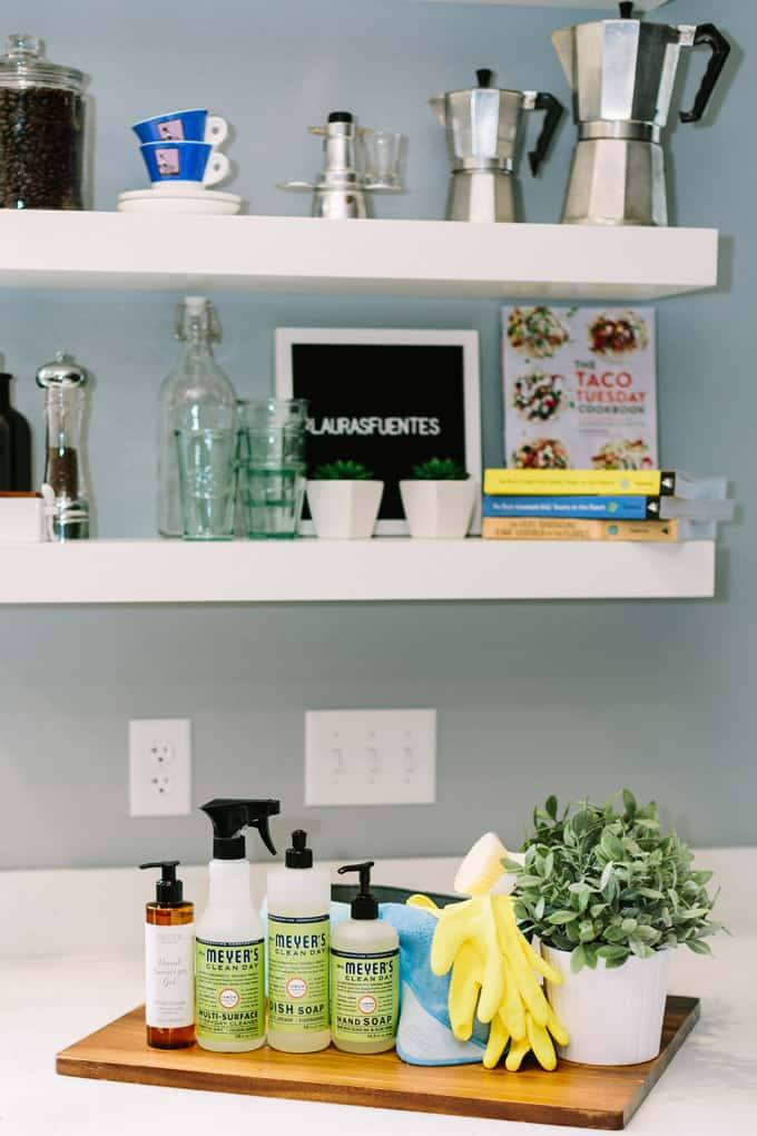 Grove's all natural cleaning set helps me keep my kitchen in tip top shape for back to school