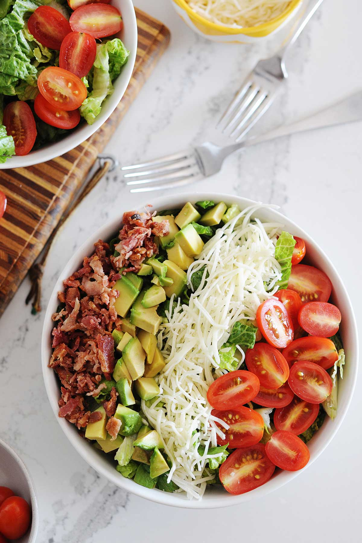 blt salad with no dressing in a bowl